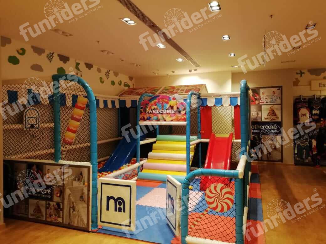 indoorplay352.jpg